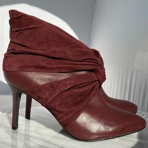 🆕 DKNY Burgundy Red Ankle Boot Heels Suede Bow